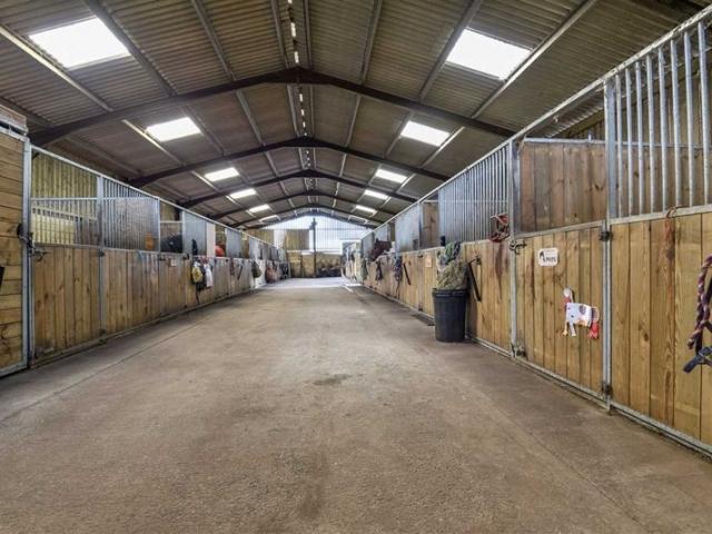 American barn at Hill Farm Equestrian