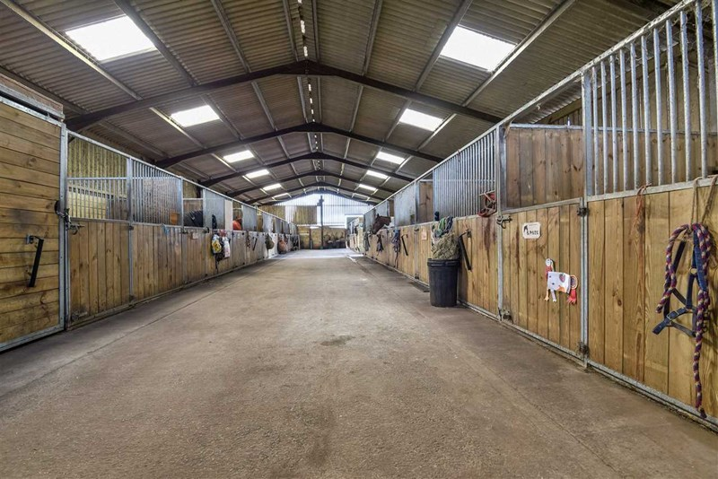 American barn at Hill Farm Equestrian
